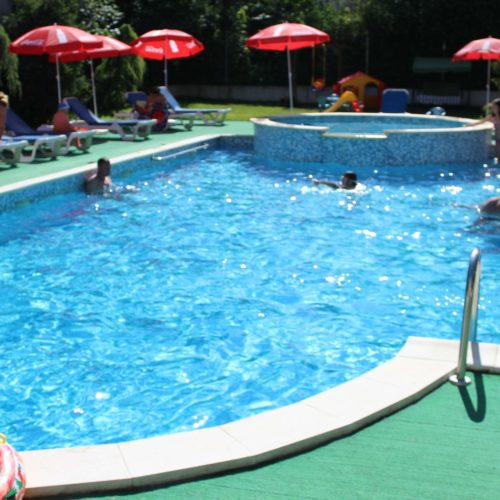 Bazén hotelu Mondial | Zdroj: CK KM