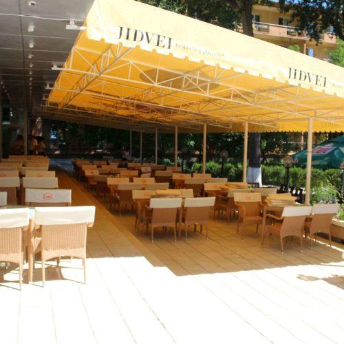 Restaurace hotelu Central v Mamaie | Zdroj: CK KM