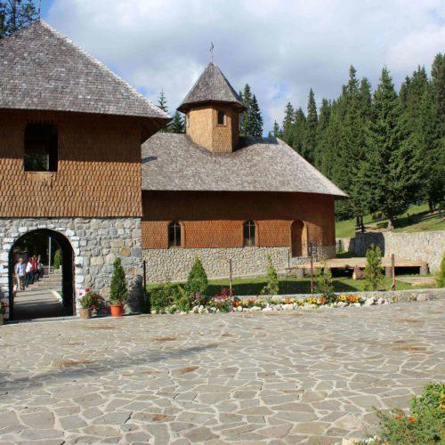 Dreveny kostel v Karpatech | Zdroj: CK KM