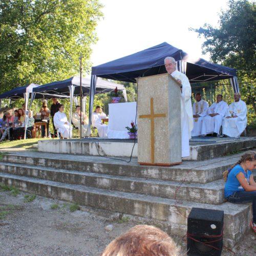 Mše svatá na poutním místě Čiklava| Zdroj: CK KM