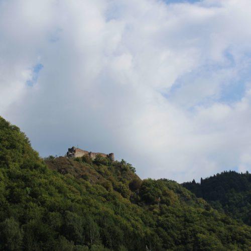 Vyhled na hrad Poienari | Zdroj: CK KM