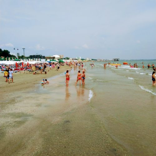 Plaz u Cerneho more - letovisko Mamaia | Zdroj: CK KM