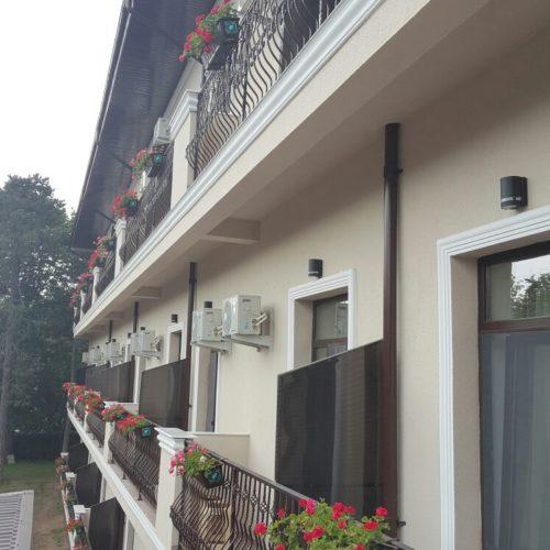 Balkón do hotelu Evia | Zdroj: CK KM