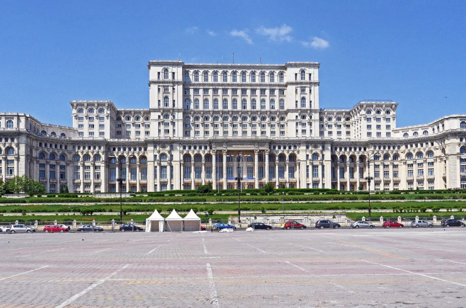 Palác Parlamentu | Zdroj: romania - insider.com