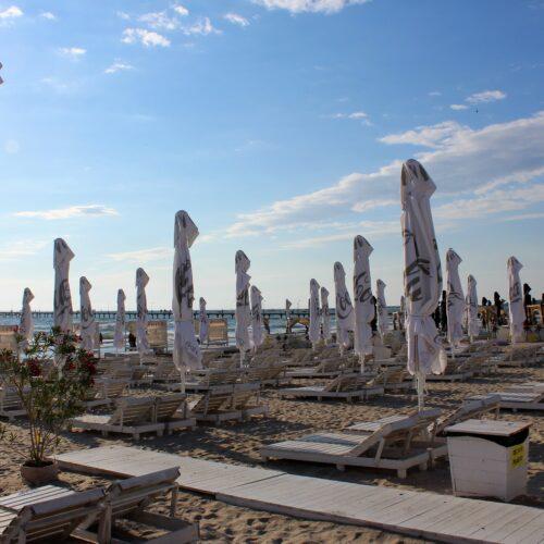 Lehátka na pláži - Mamaia 2020 | Zdroj: CK KM